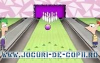 Play Phineas Si Ferb Bowling